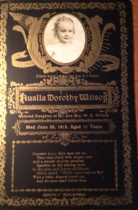 Nualla's funeral card