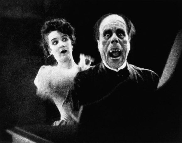 THE PHANTOM OF THE OPERA, Mary Philbin, Lon Chaney, 1925