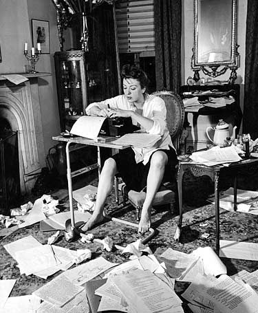 gypsy-rose-lee-1941-women-at-typewriter