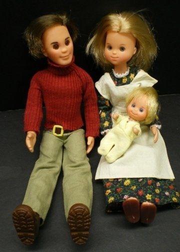 Sunshine Family dolls