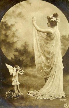 bbb668d8d4afa680276cab26499e2949--vintage-moon-vintage-fairies